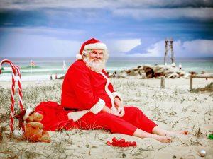 X Beach House Christmas Decorations
